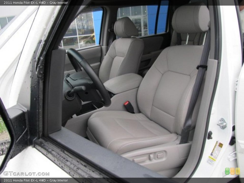 Gray Interior Photo for the 2011 Honda Pilot EX-L 4WD #48021519