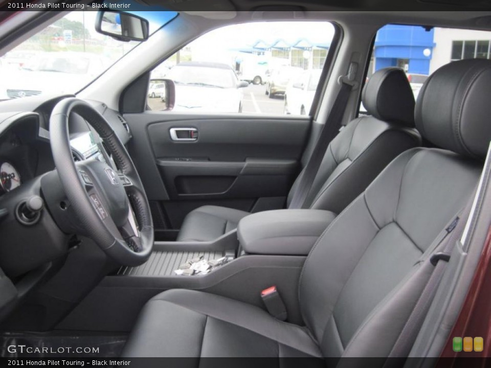 Black Interior Photo for the 2011 Honda Pilot Touring #48165551