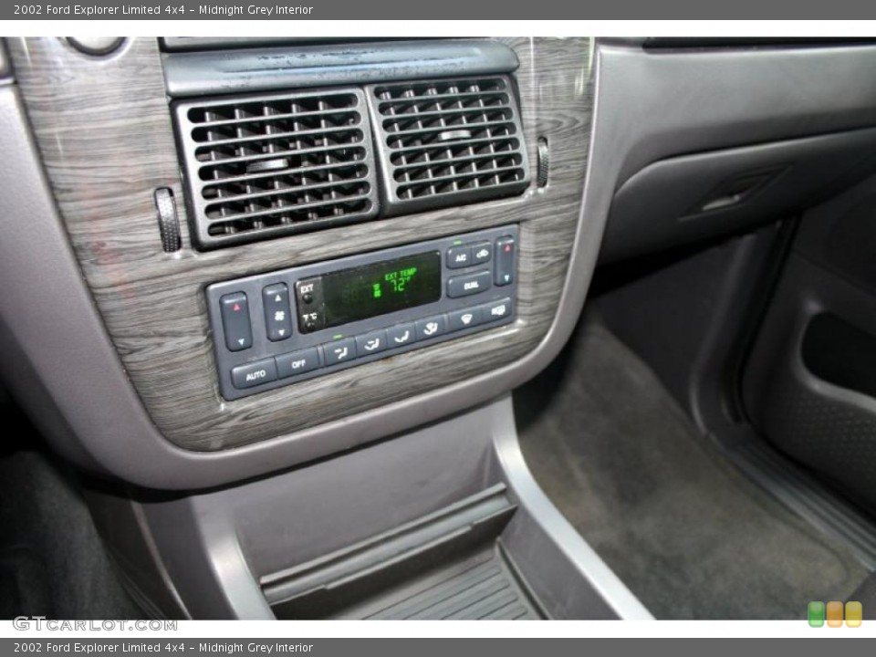 Midnight Grey Interior Controls for the 2002 Ford Explorer Limited 4x4 #48281269