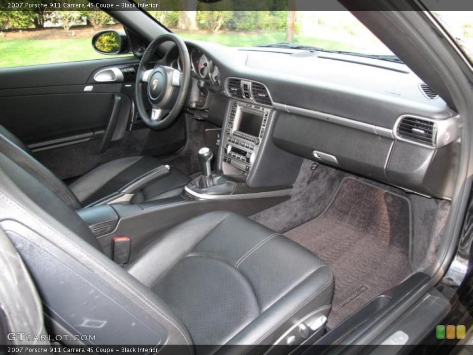 Black Interior Dashboard for the 2007 Porsche 911 Carrera 4S Coupe #48312367