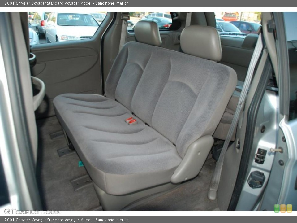Sandstone 2001 Chrysler Voyager Interiors