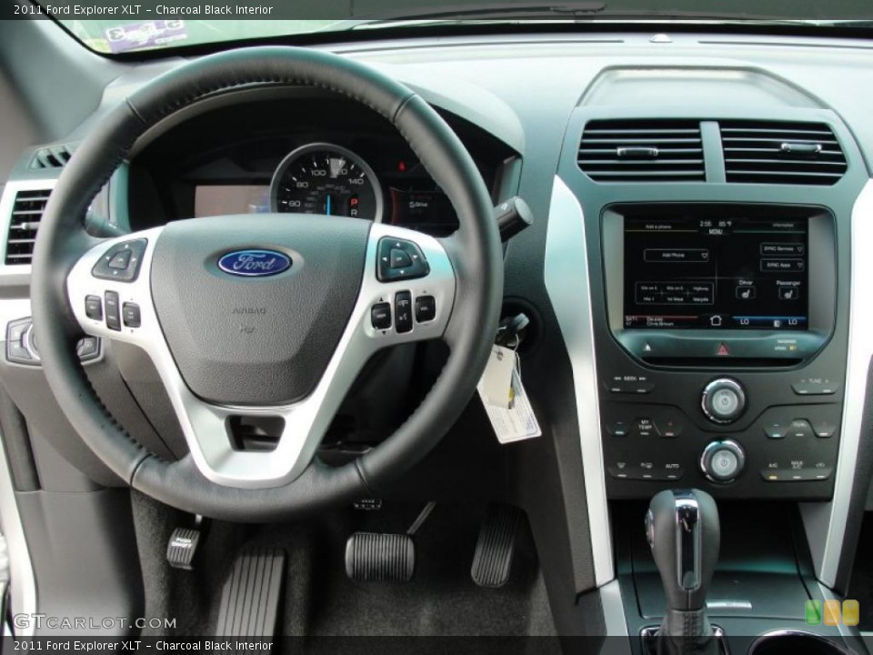 Charcoal Black Interior Photo for the 2011 Ford Explorer XLT #49253834