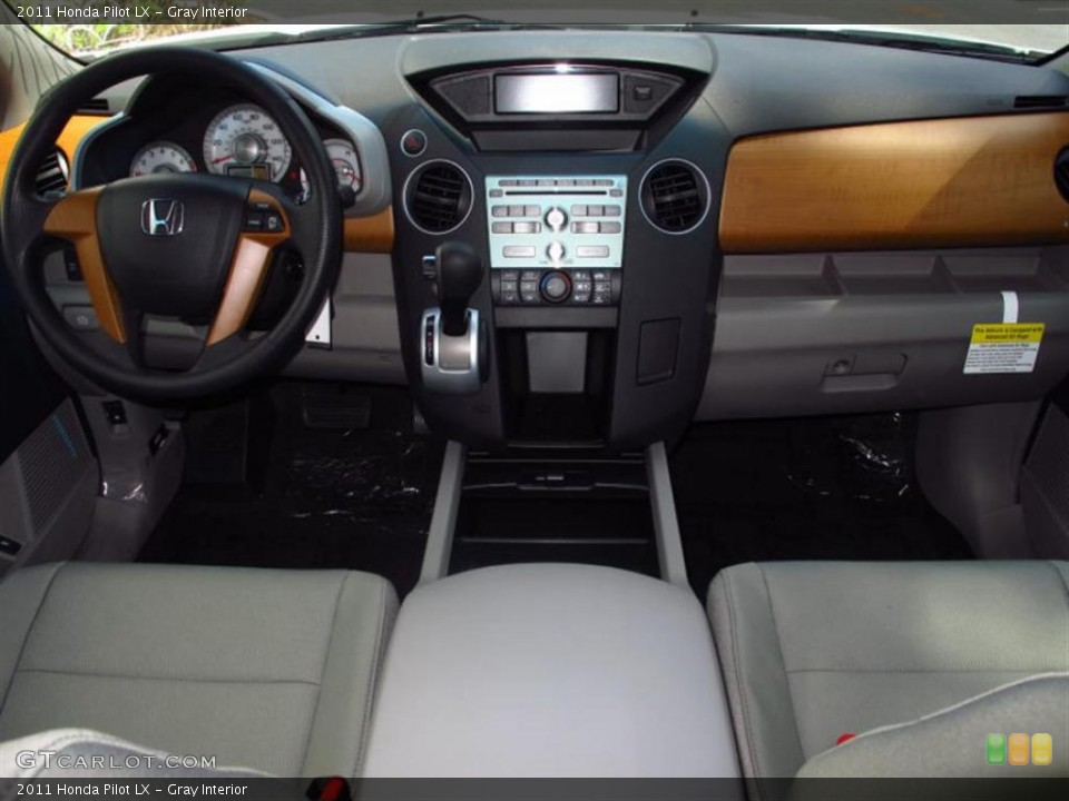 Gray Interior Dashboard for the 2011 Honda Pilot LX #49452016
