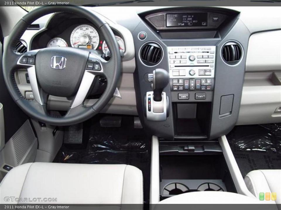 Gray Interior Photo for the 2011 Honda Pilot EX-L #49453726