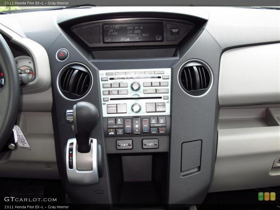 Gray Interior Controls for the 2011 Honda Pilot EX-L #49453756