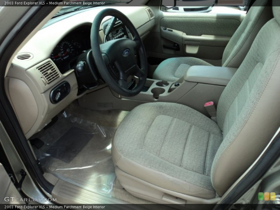 Medium Parchment Beige Interior Photo for the 2003 Ford Explorer XLS #50002348