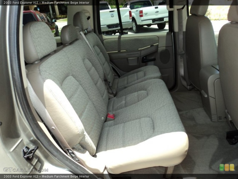 Medium Parchment Beige Interior Photo for the 2003 Ford Explorer XLS #50002426