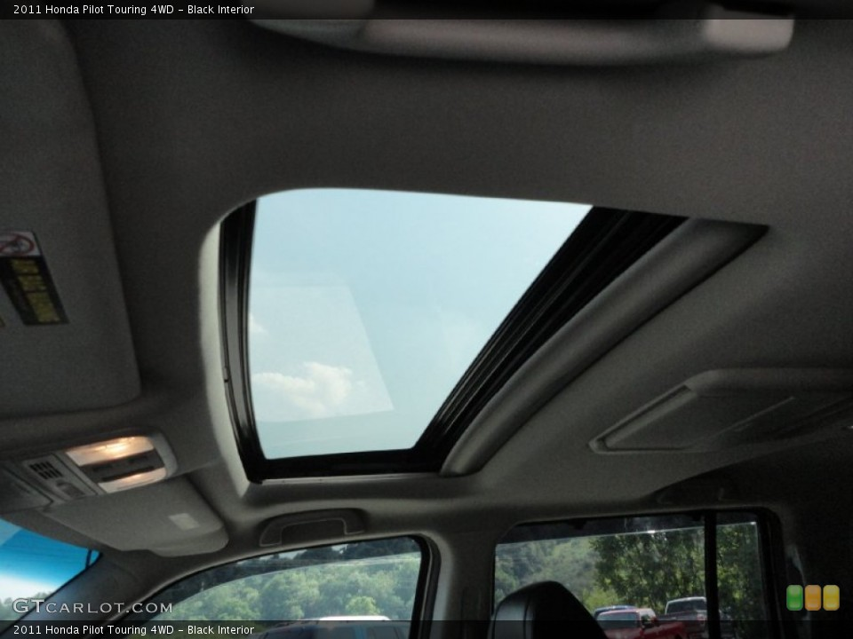 Black Interior Sunroof for the 2011 Honda Pilot Touring 4WD #50368152