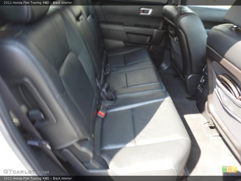 Black Interior Photo for the 2011 Honda Pilot Touring 4WD #50368209