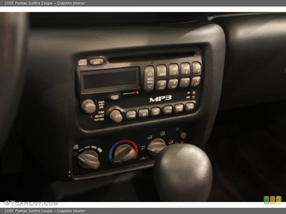 Graphite Interior Controls for the 2005 Pontiac Sunfire Coupe ...