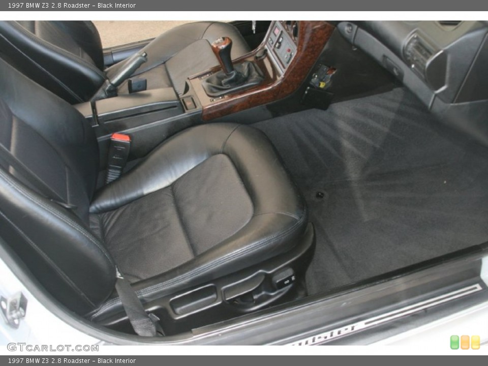 Black Interior Photo for the 1997 BMW Z3 2.8 Roadster #50822931