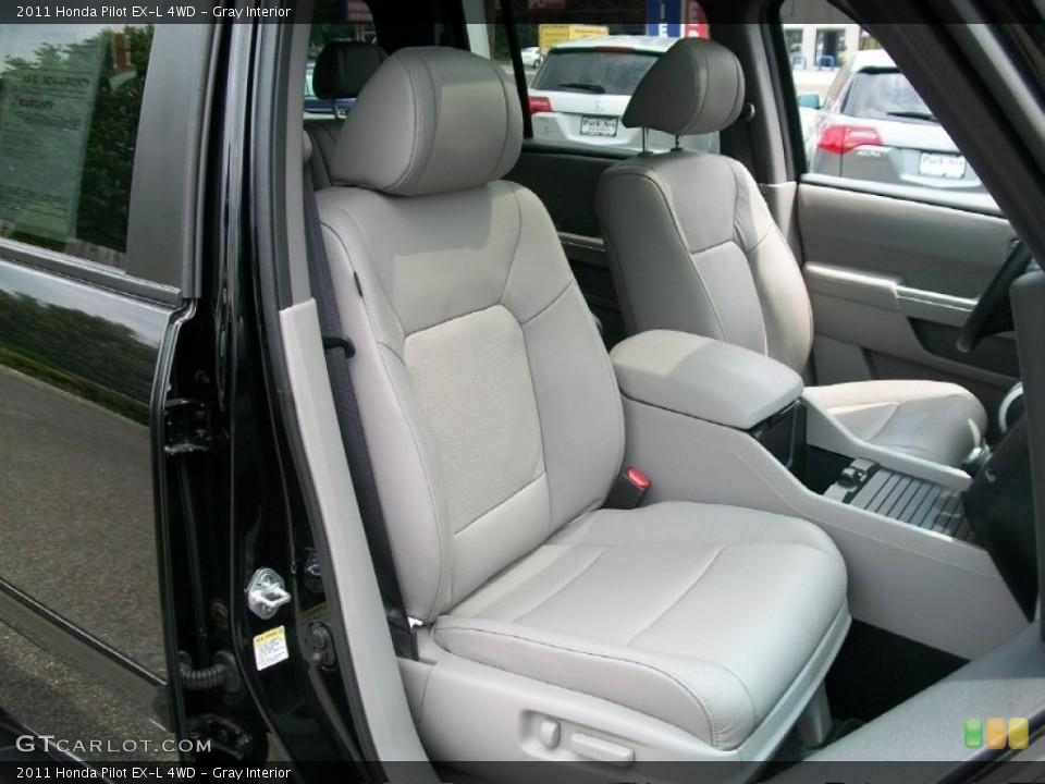 Gray Interior Photo for the 2011 Honda Pilot EX-L 4WD #51125268