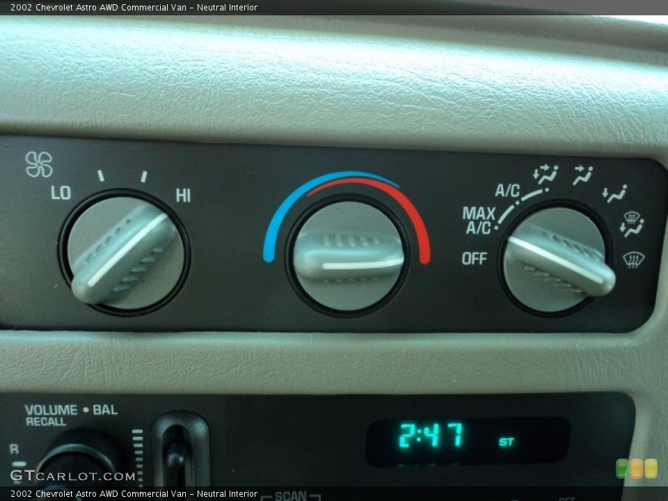 Neutral Interior Controls for the 2002 Chevrolet Astro AWD Commercial Van #51142238