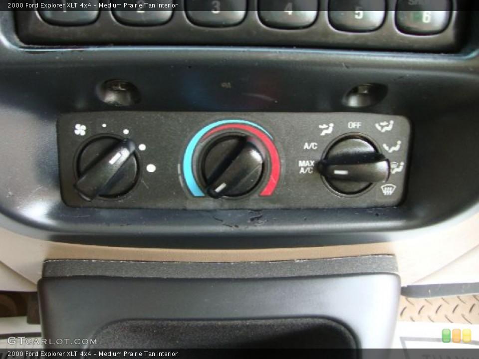 Medium Prairie Tan Interior Controls for the 2000 Ford Explorer XLT 4x4 #51619813