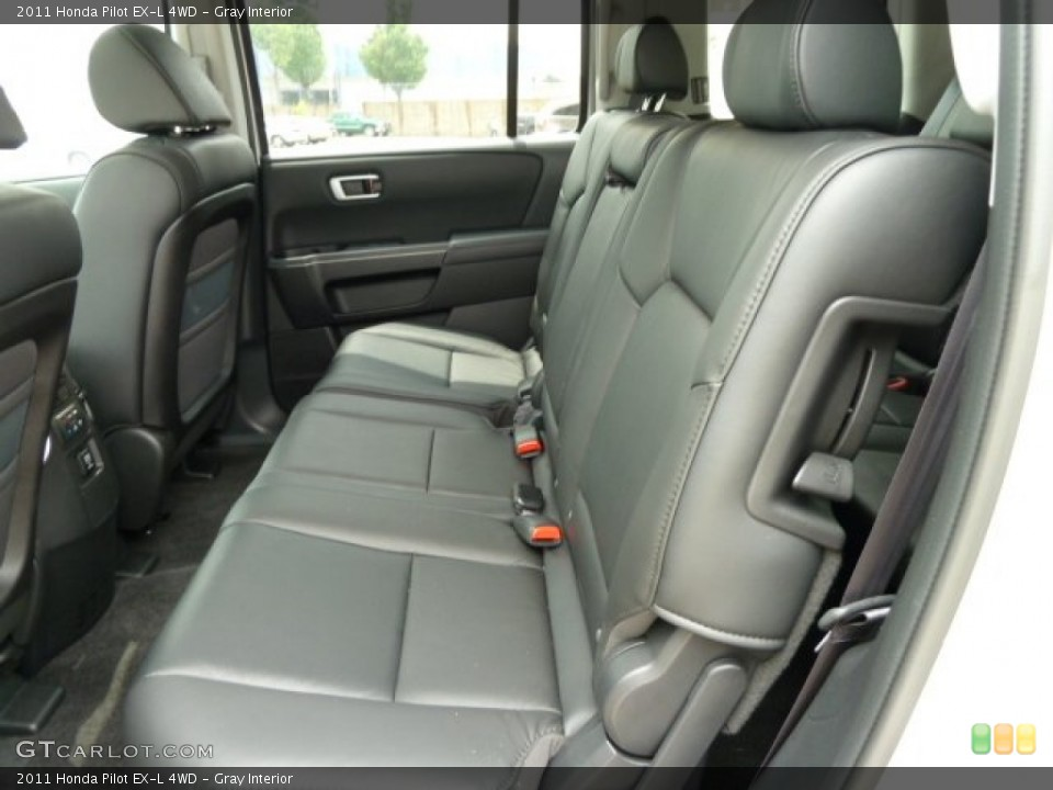 Gray Interior Photo for the 2011 Honda Pilot EX-L 4WD #51668764