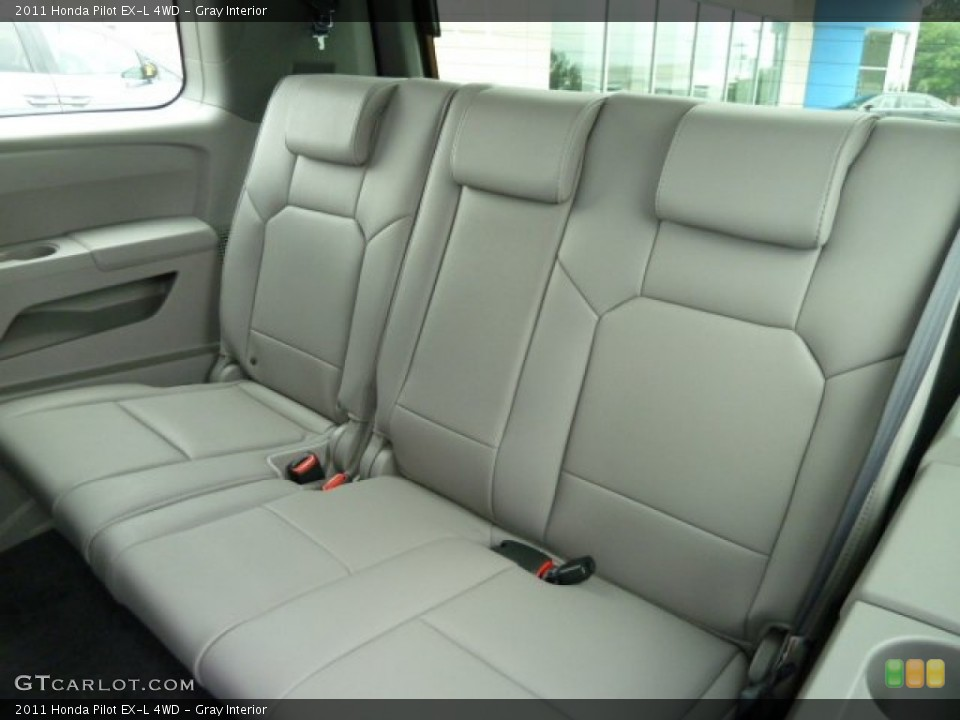 Gray Interior Photo for the 2011 Honda Pilot EX-L 4WD #51669061