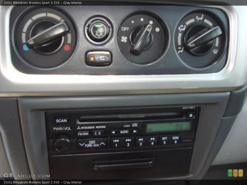 gray interior controls for the 2001 mitsubishi montero sport 35xs 52107761