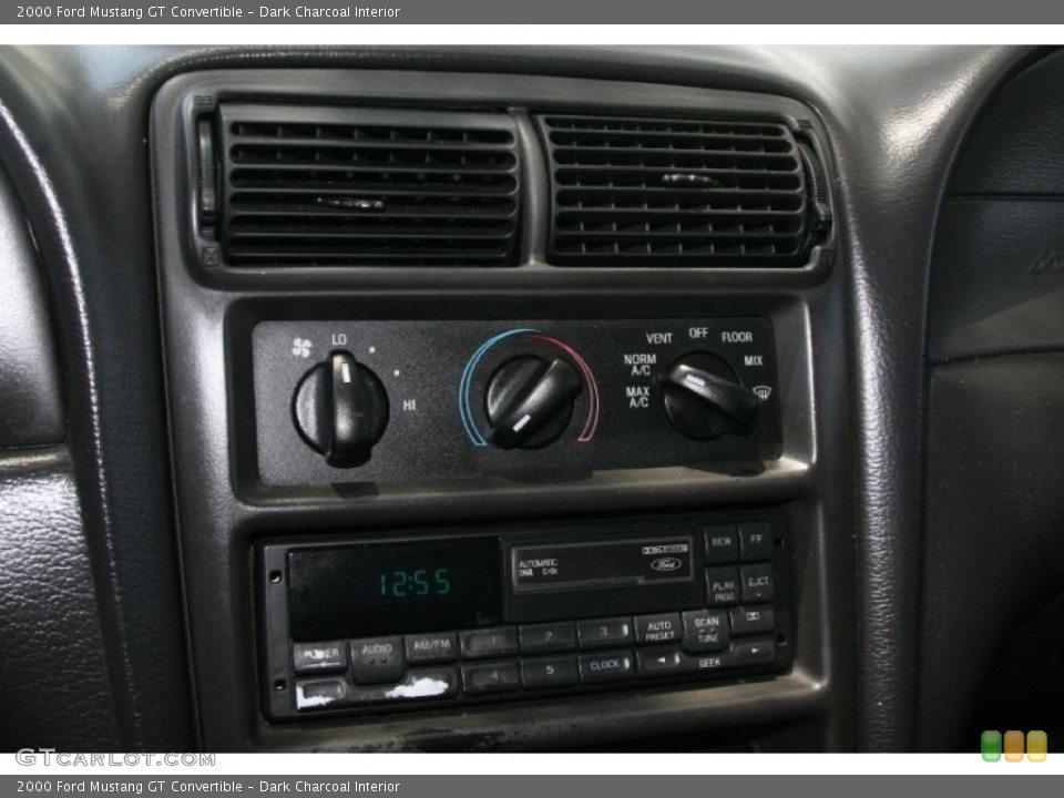 Dark Charcoal Interior Controls for the 2000 Ford Mustang GT Convertible #52129482