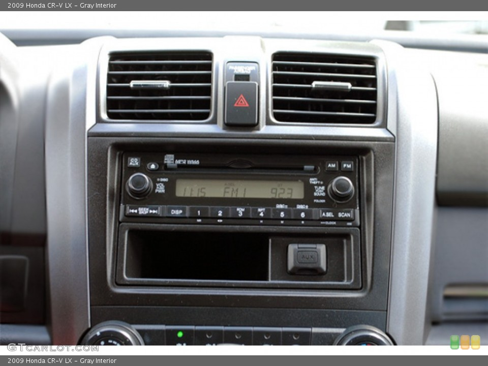 Gray Interior Audio System for the 2009 Honda CR-V LX #53036549