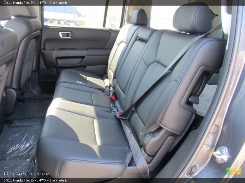 Black Interior Photo for the 2011 Honda Pilot EX-L 4WD #53067247