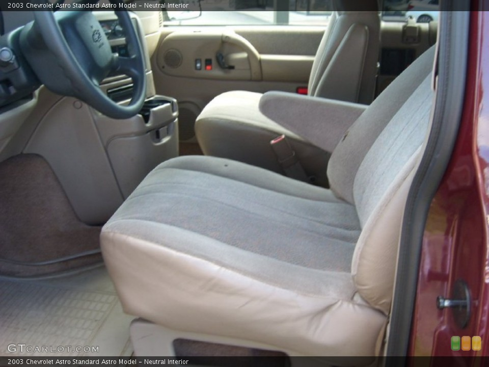 Neutral Interior Photo for the 2003 Chevrolet Astro  #53919811