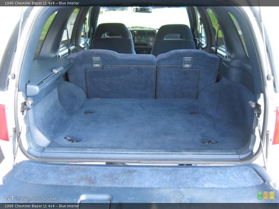 blue interior trunk for the 1996 chevrolet blazer ls 4x4 53945684 gtcarlot com gtcarlot com