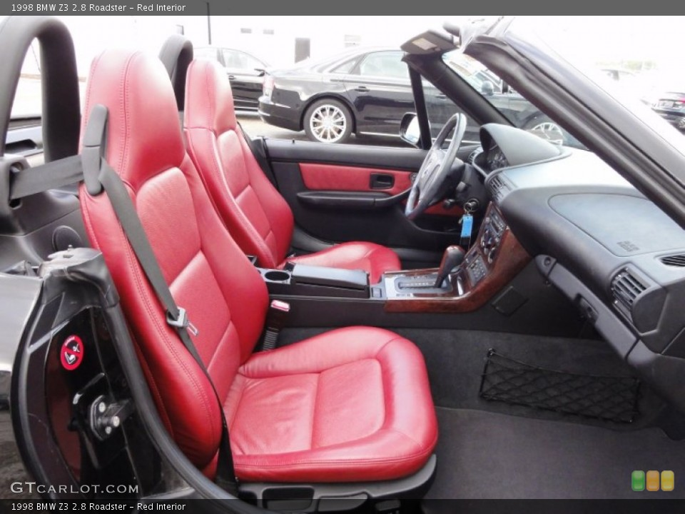Red Interior Photo for the 1998 BMW Z3 2.8 Roadster #54715753