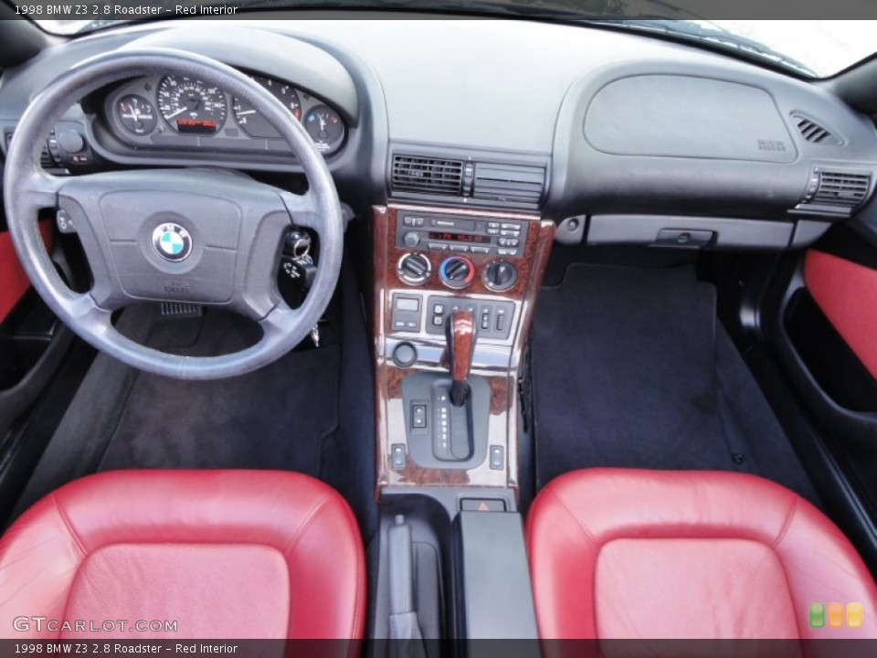 Red Interior Dashboard for the 1998 BMW Z3 2.8 Roadster #54715873