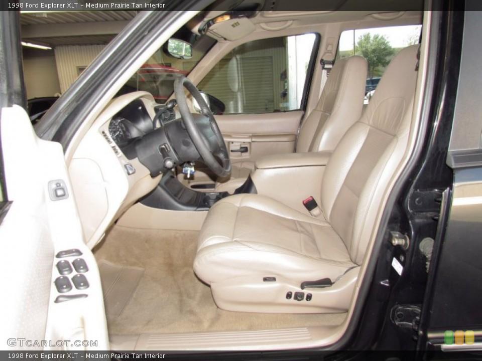 Medium Prairie Tan Interior Photo for the 1998 Ford Explorer XLT #54973675