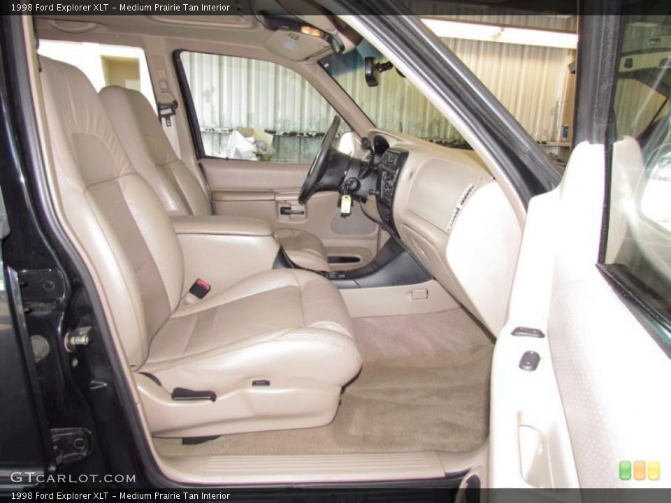Medium Prairie Tan Interior Photo for the 1998 Ford Explorer XLT #54973681