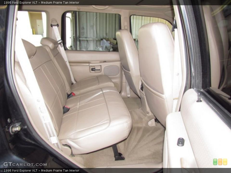 Medium Prairie Tan Interior Photo for the 1998 Ford Explorer XLT #54973690