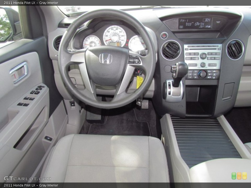 Gray Interior Dashboard for the 2011 Honda Pilot LX #55027569
