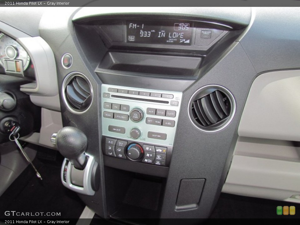 Gray Interior Controls for the 2011 Honda Pilot LX #55027590