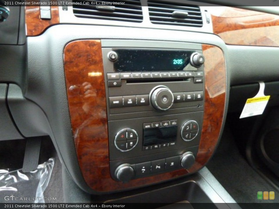 Ebony Interior Controls for the 2011 Chevrolet Silverado 1500 LTZ Extended Cab 4x4 #56642541
