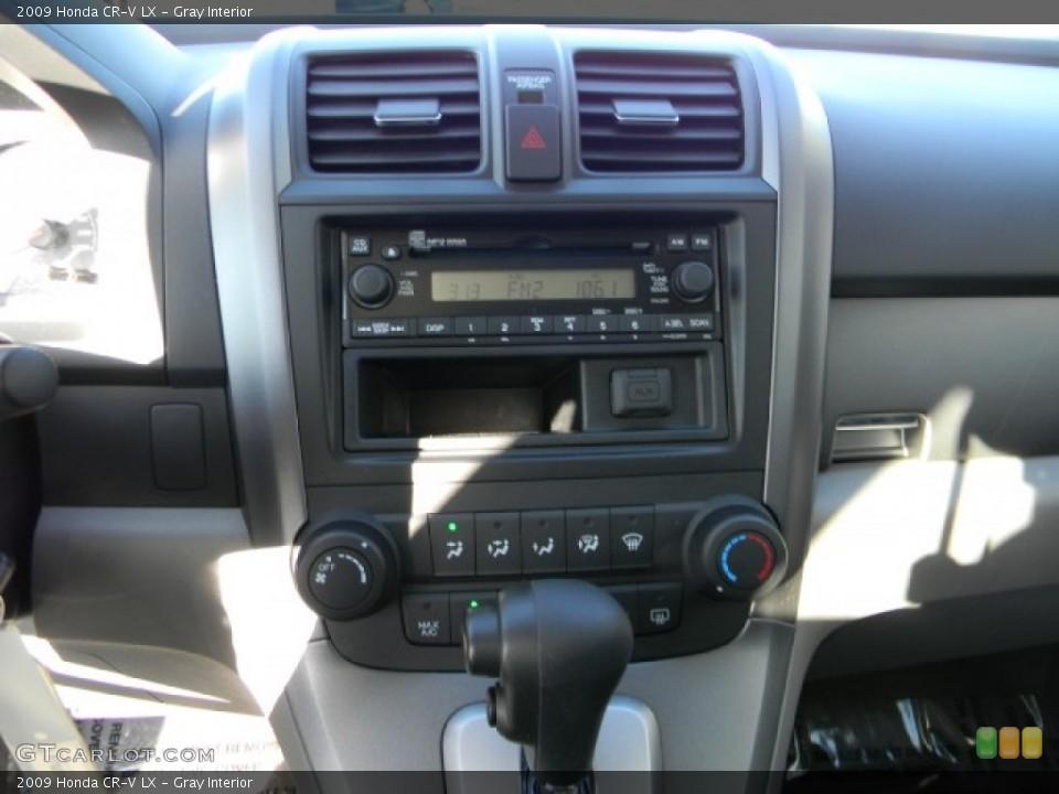 Gray Interior Controls for the 2009 Honda CR-V LX #59368833