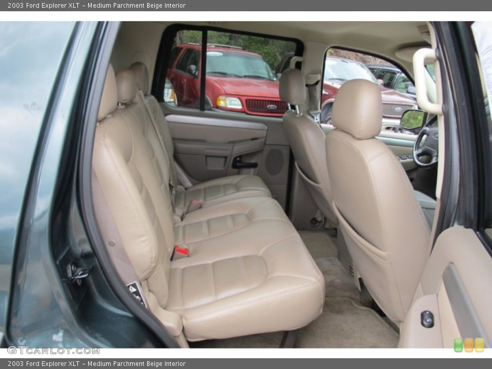 Medium Parchment Beige Interior Photo for the 2003 Ford Explorer XLT #59503637