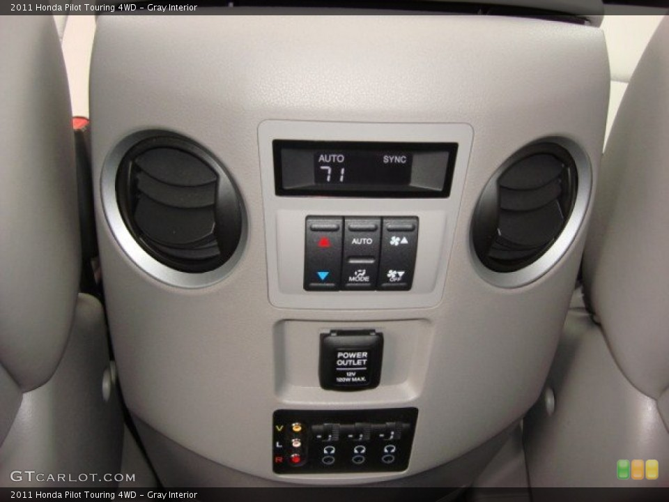 Gray Interior Controls for the 2011 Honda Pilot Touring 4WD #60030278