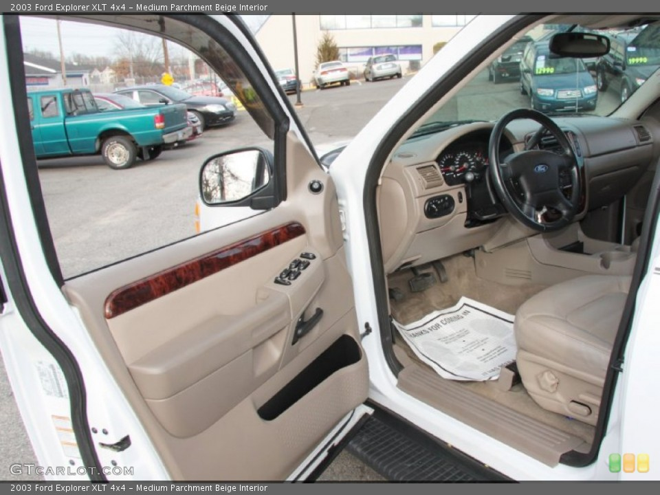 Medium Parchment Beige Interior Photo for the 2003 Ford Explorer XLT 4x4 #60370563
