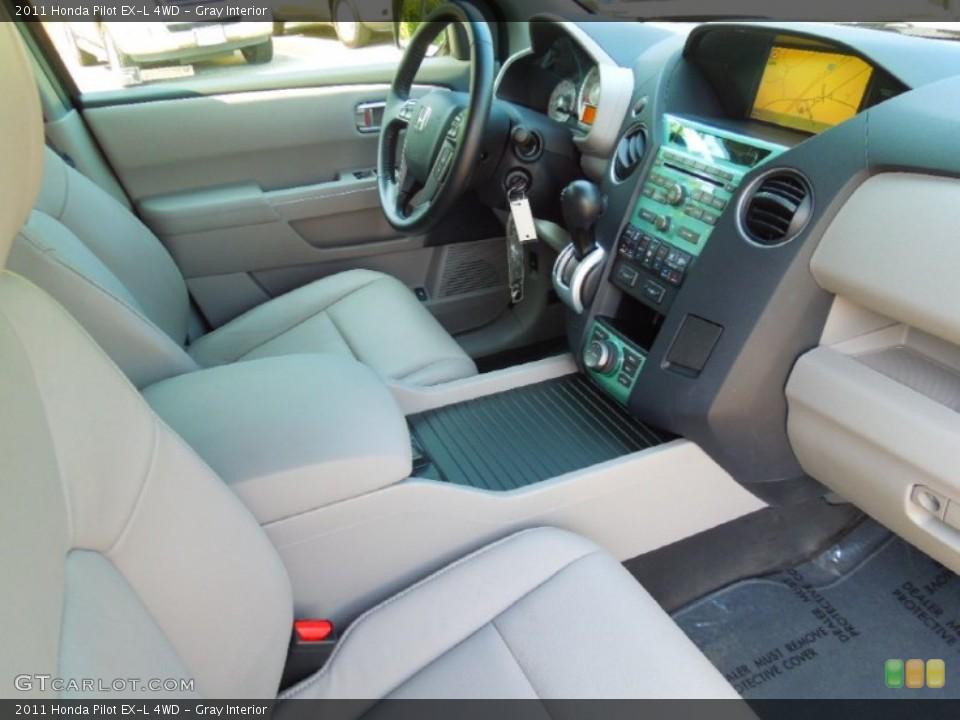 Gray Interior Photo for the 2011 Honda Pilot EX-L 4WD #64609092