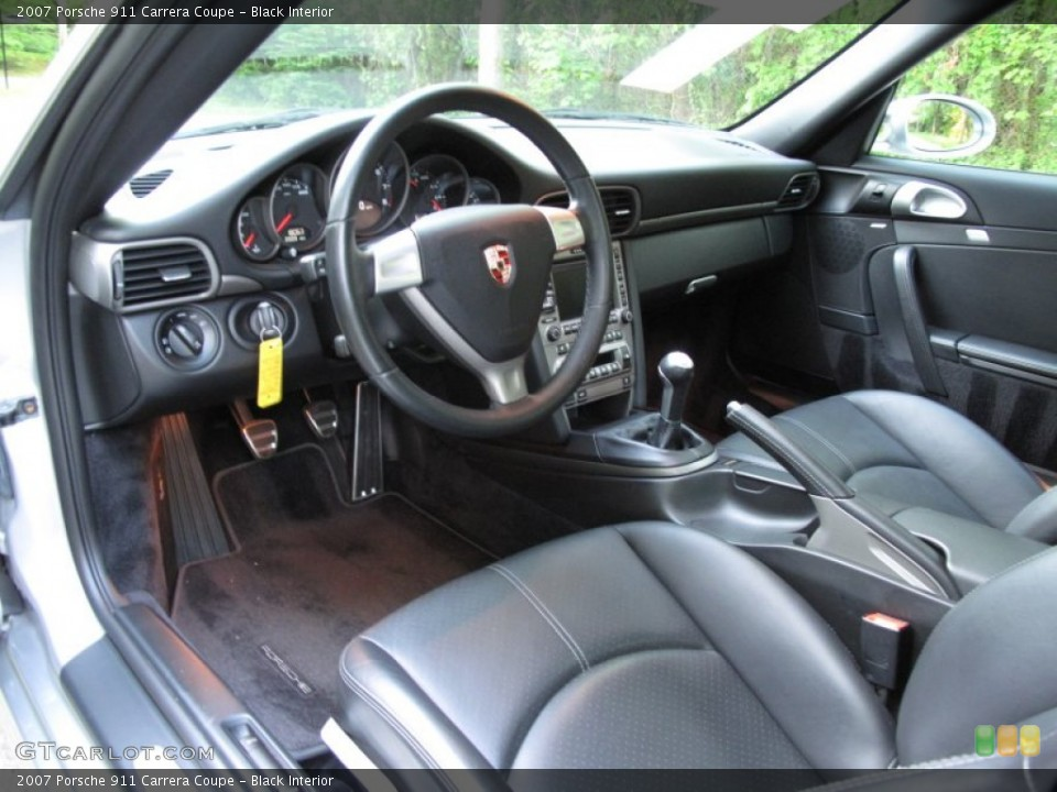Black Interior Photo for the 2007 Porsche 911 Carrera Coupe #65325314