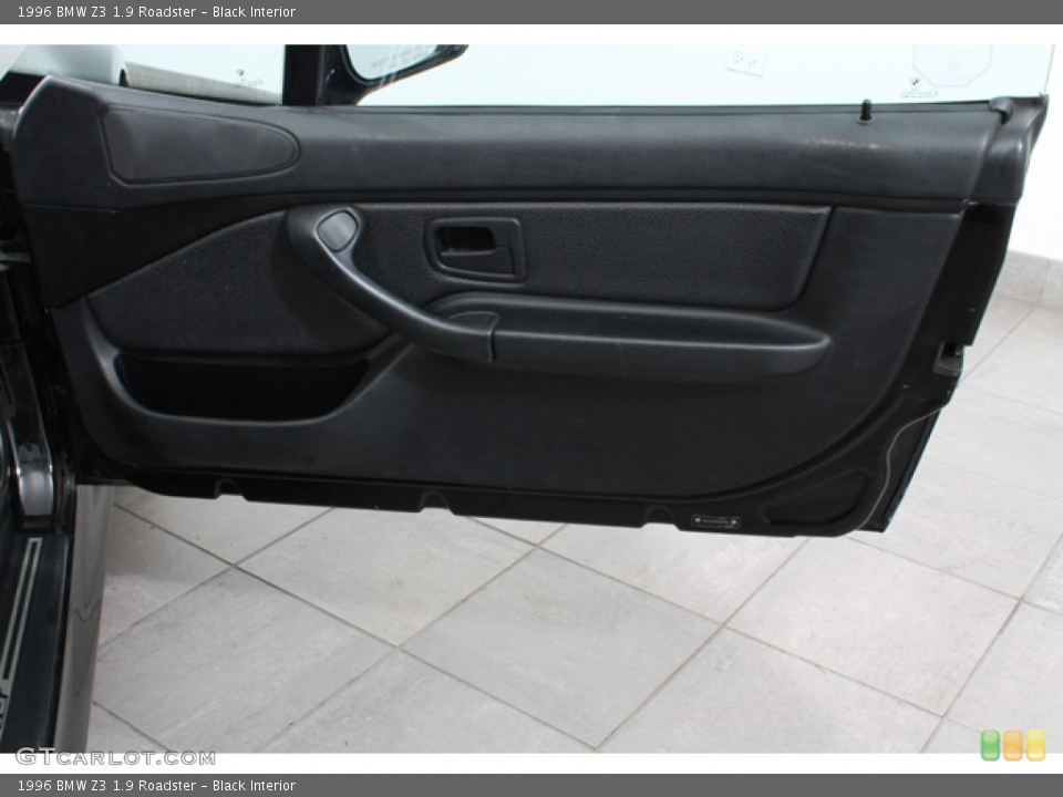 black interior door panel for the 1996 bmw z3 19 roadster 65511636 black interior 1996 bmw z3