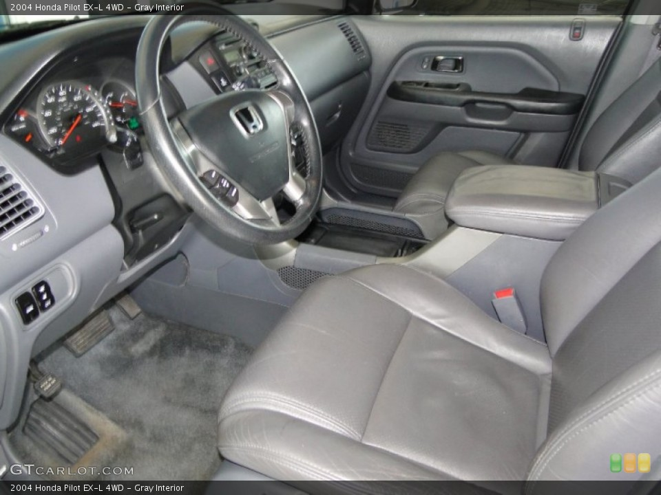 Gray Interior Photo for the 2004 Honda Pilot EX-L 4WD #65779856