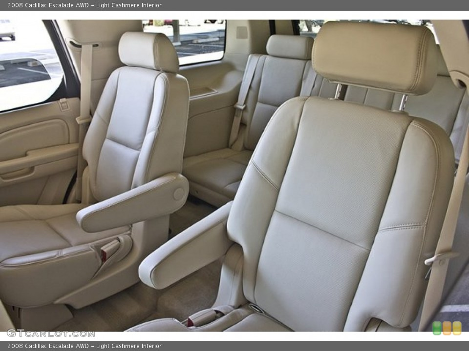 Light Cashmere Interior Photo for the 2008 Cadillac Escalade AWD #65857827