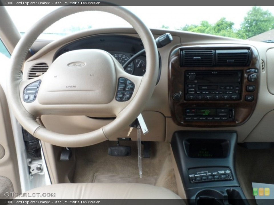 Medium Prairie Tan Interior Dashboard for the 2000 Ford Explorer Limited #65958200