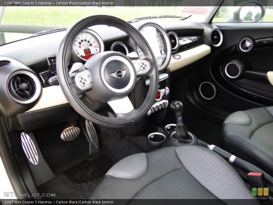 Carbon Black/Carbon Black 2007 Mini Cooper Interiors