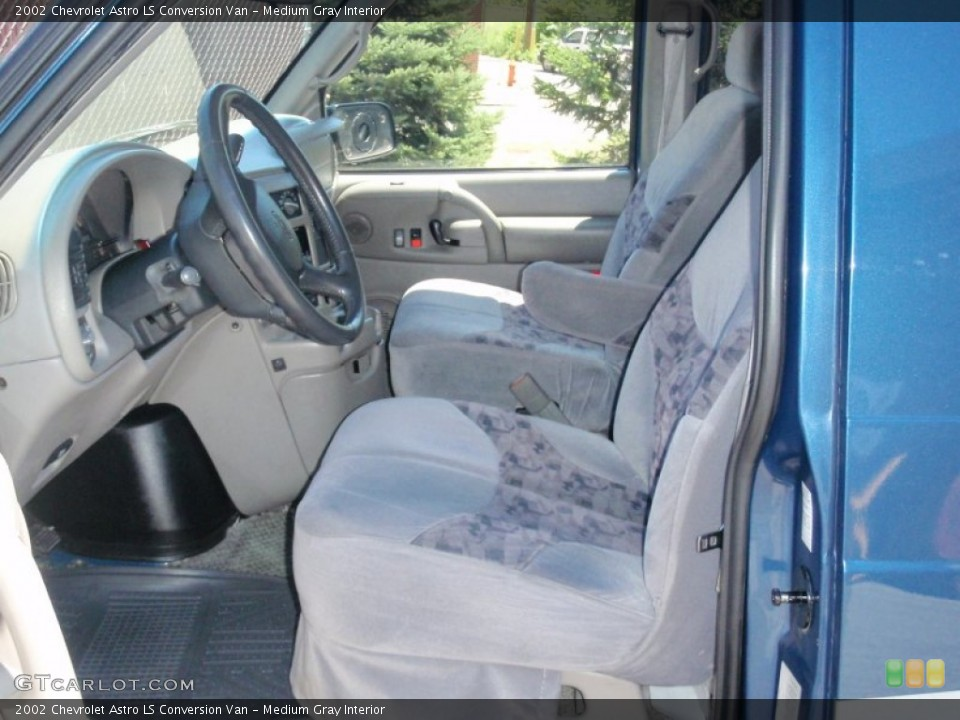 Medium Gray 2002 Chevrolet Astro Interiors