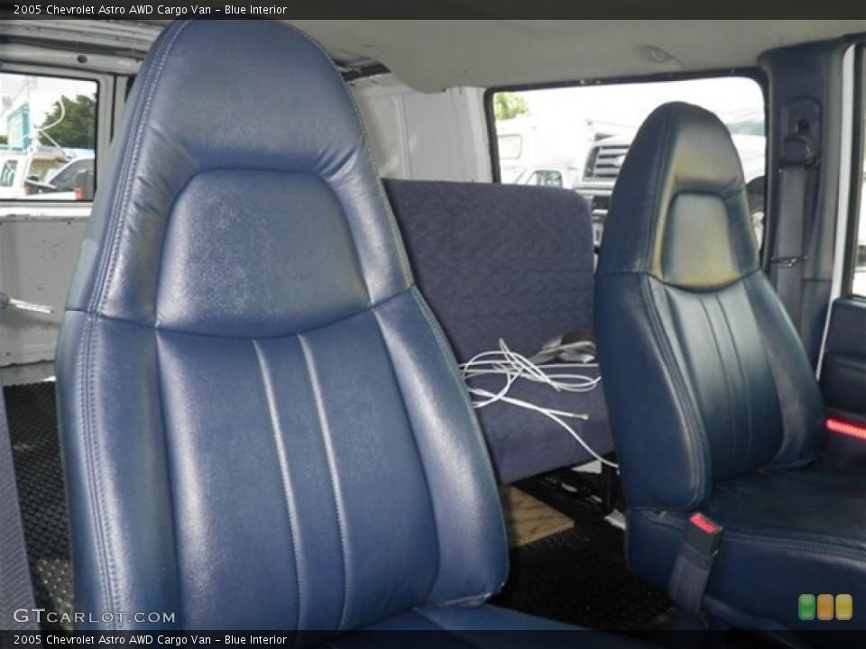 Blue 2005 Chevrolet Astro Interiors