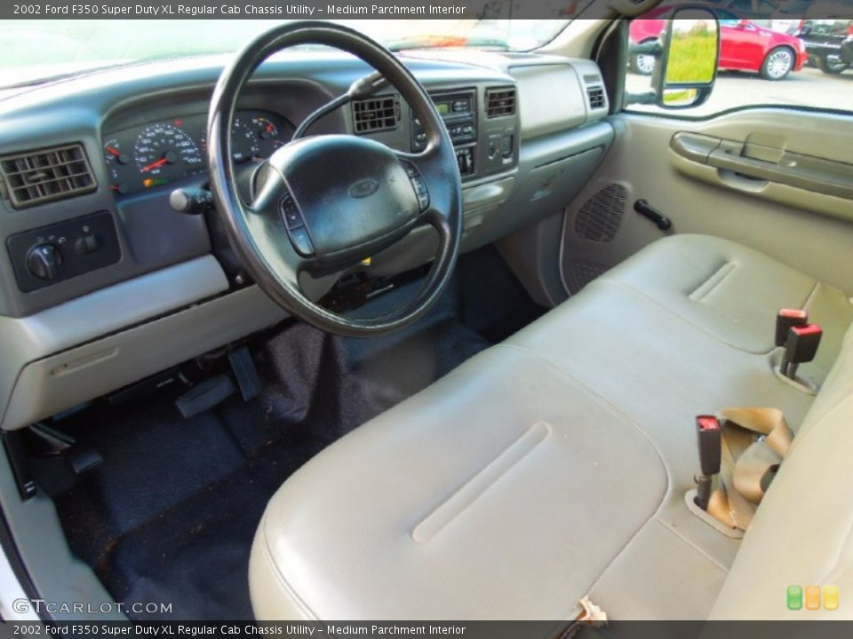 Medium Parchment 2002 Ford F350 Super Duty Interiors