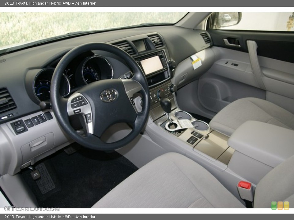 Ash Interior Front Seat For The 2017 Toyota Highlander Xle Awd
