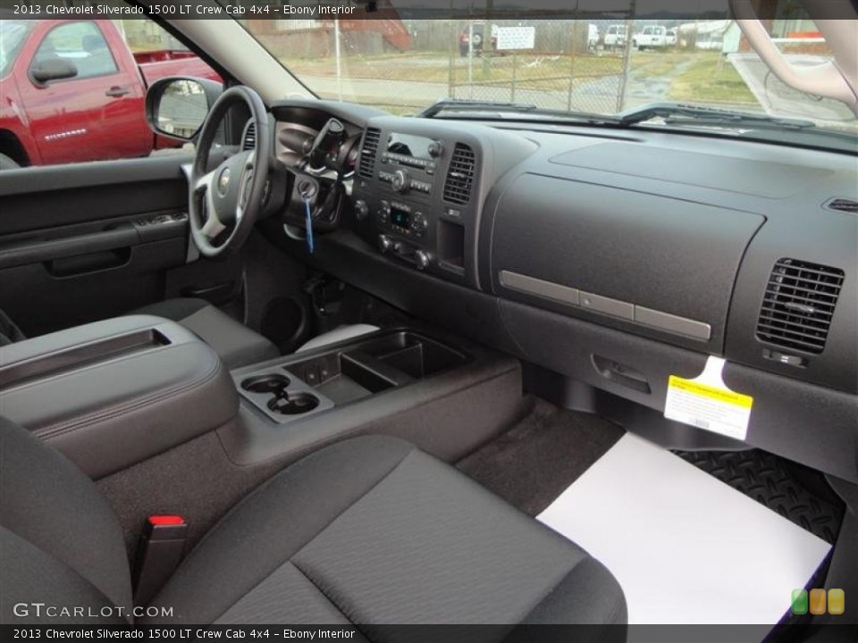 Ebony Interior Dashboard for the 2013 Chevrolet Silverado 1500 LT Crew Cab 4x4 #75997831